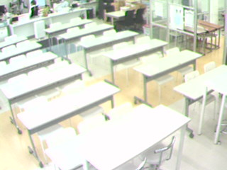 教室内のライブ映像!